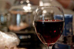 red wine drinking festive season