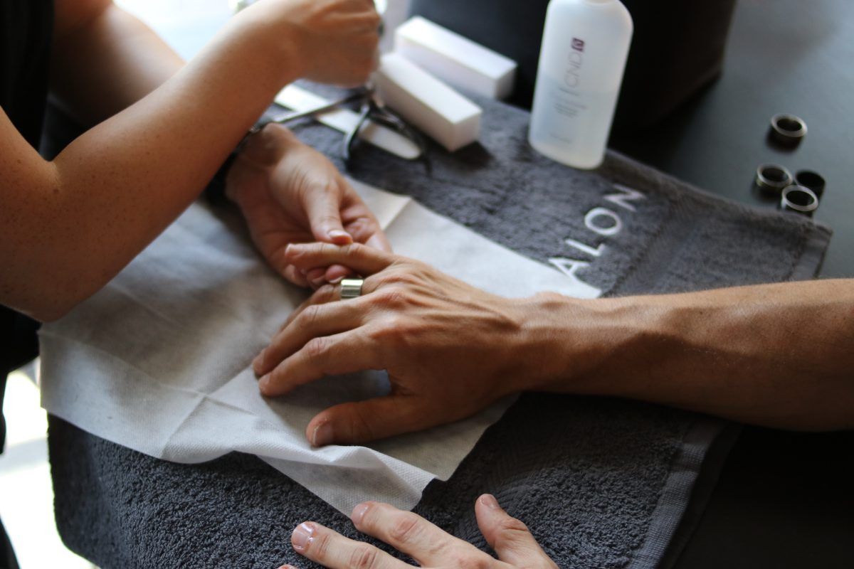 Yellow Nails: Cause, cure and prevention | LeSalon