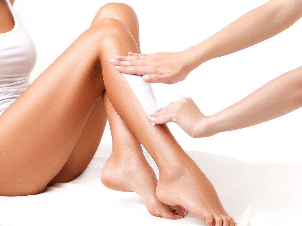 Full Leg Wax | LeSalon