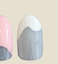 wavy tips nail art spring
