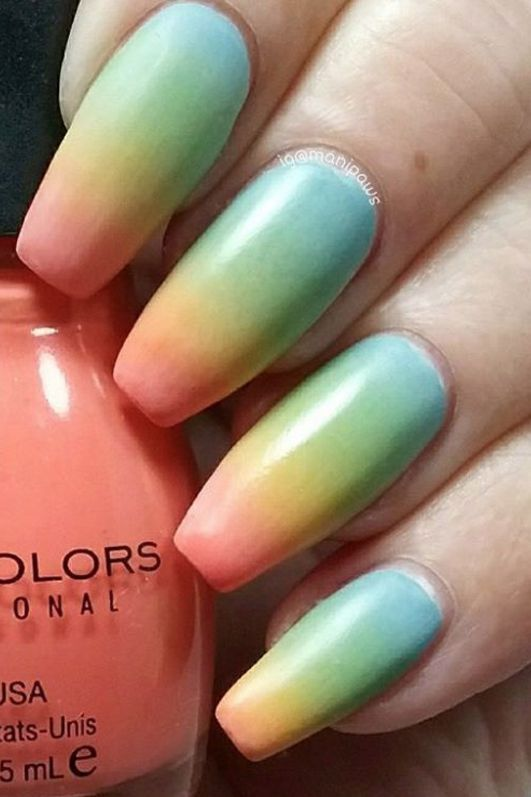 Trend Alert: Ombre Nails | LeSalon