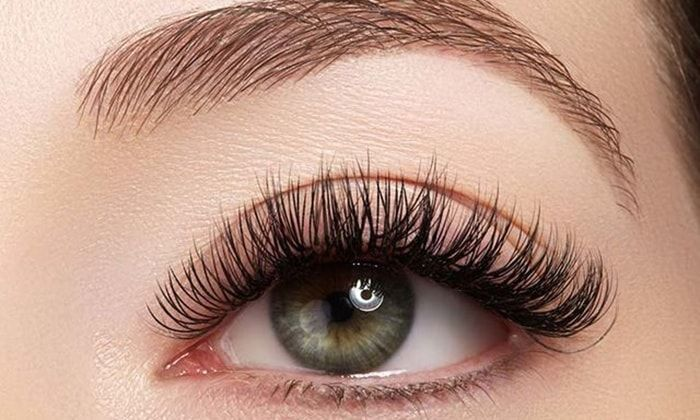 e47fcddeb1f Eyelash Extension Extravaganza: All the Different Types of Eyelashes ...