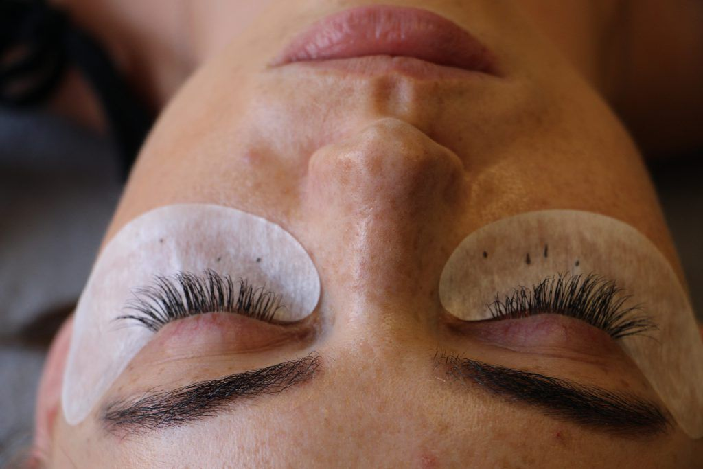 Before And After Lash Extensions Things To Know Lesalon